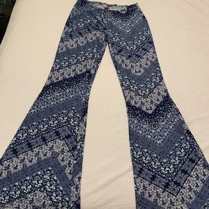 Stretchy flare pants